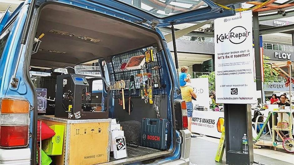 KakiDIY will be reaching out to wider communities using their MakerVan, a makerspace on wheels.