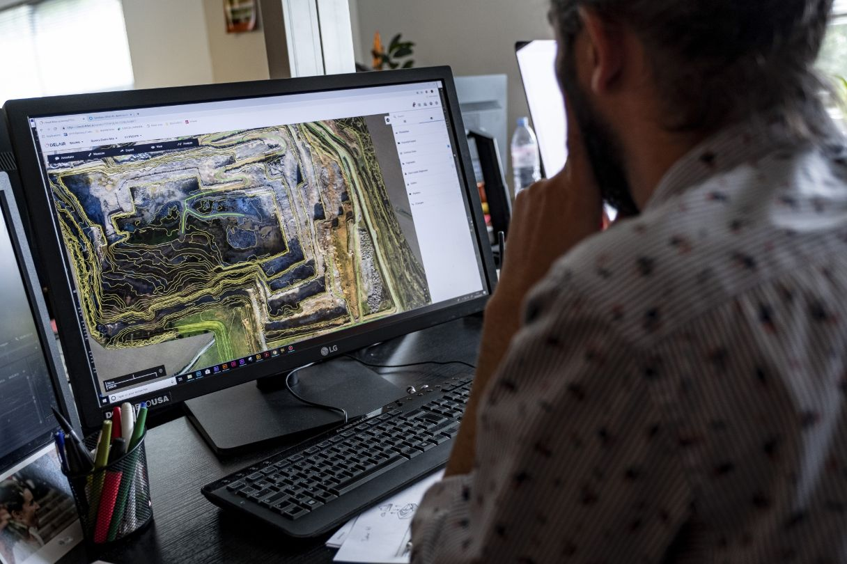 3D map analysis at Delair's headquarters.Photographer: Balint Porneczi/Bloomberg
