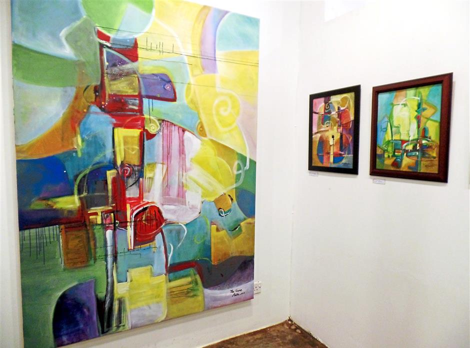Bidayuh Artist S Abstract Works Reflect Sarawak S Culture And Tradition The Star