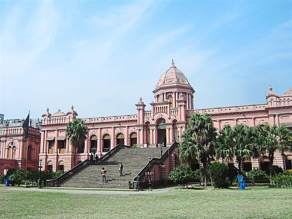 One of the most picturesque sights in the city is this pink 144-year-old Ahsan Manzil building in Old Dhaka. It was once the official residential palace and seat of the Dhaka Nawab family. Today, it is a museum.