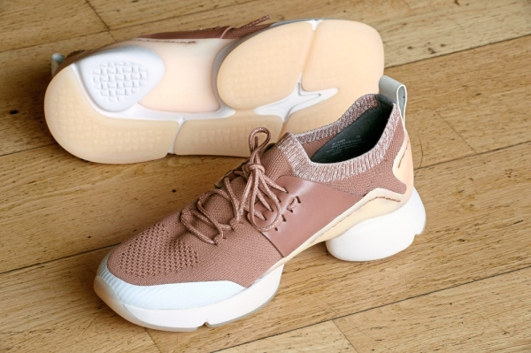 The Zerogrand All-Day trainers for women are available in the colour of burlwood-morganite.