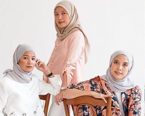 From left: Siblings Mira, Syahira and Nurul are the brains behind fashion label Mimpikita. u2013 Photo: Mimpikita