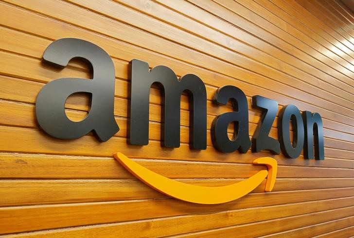 Amazon India unveils Hindi website, app in battle with