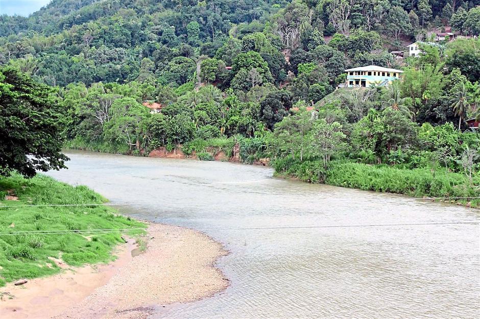 Kiulu river in Tamparuli.