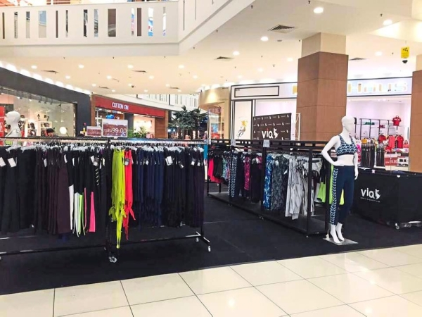 Direct to consumers: The company regularly organises pop-up stores and road shows to connect with consumers.