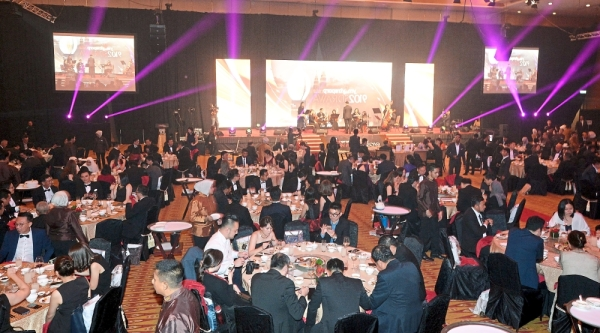 StarProperty.my Awards 2019 saw a huge turnout as developer industry players were honoured for their contributions during a gala at Kuala Lumpur Convention Centre. — Photos: RAJA FAISAL HISHAN, AZHAR MAHFOF and IZZRAFIQ ALIAS/The Star