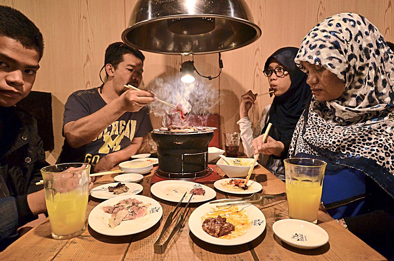 Картинки по запросу halal barbecue tokio