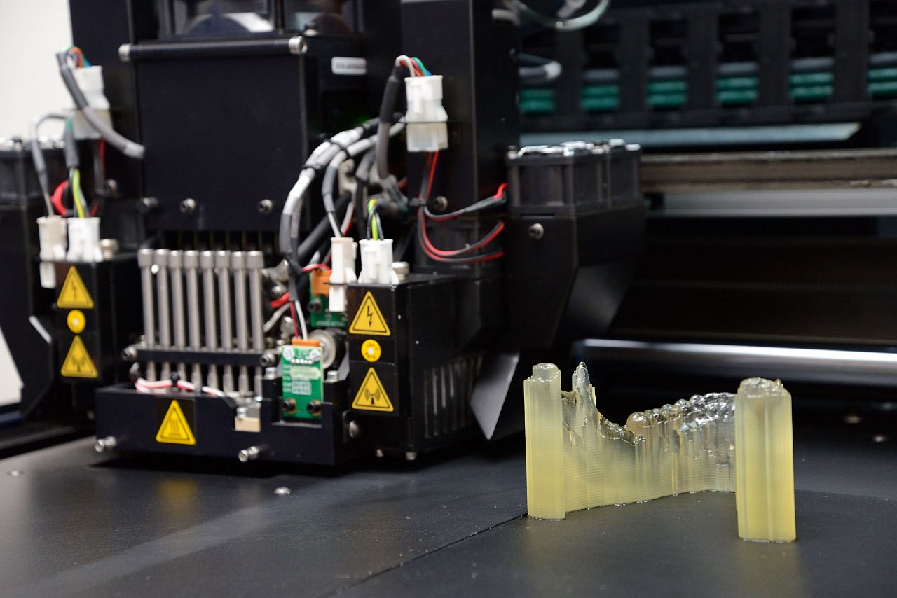 PRINTED: 3D printers from Stratasys help CBMTI produce biomodels with different textures in a single print.