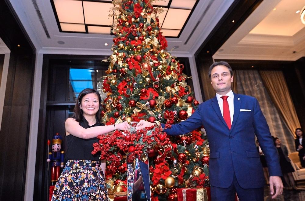 A Majestic Christmas.Nutcrackers Highlight Of Hotel S Festive Affair The Star
