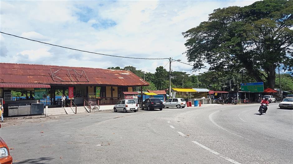Trains no longer stop at the Tanjung Rambutan Railway Station since its closure a few years ago.