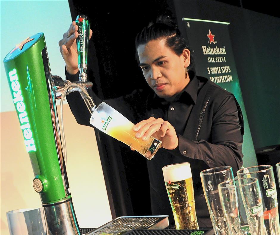 Cauilan on the way to winning the Heineken Star Serve 2018.