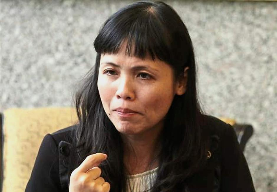 Teo: Failed to rise up to her own battle cry to wipe out MCA.