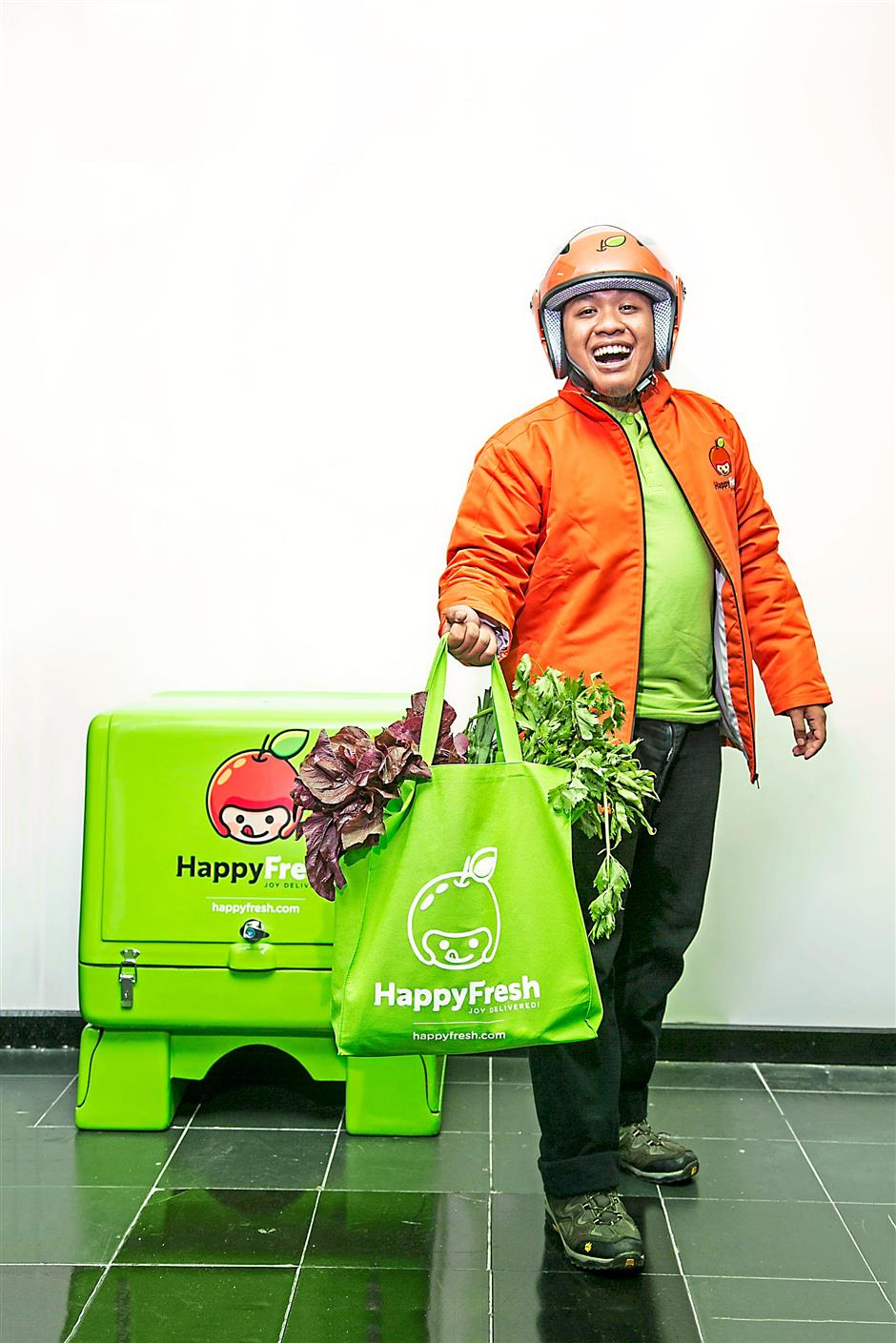 Need to get your grocery? Let the HappyFresh people do the shopping for you.