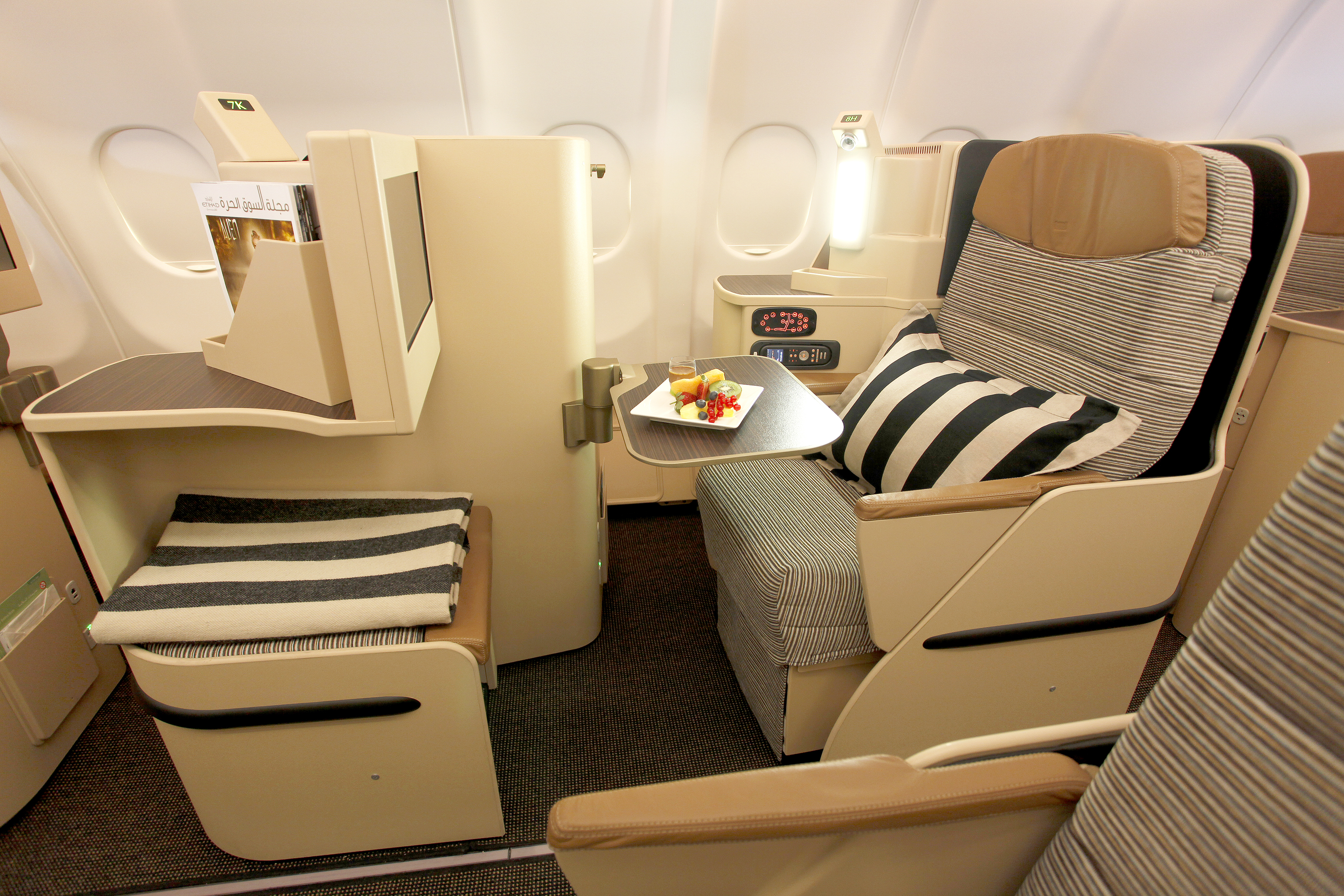 Space is a precious commodity in the air and Etihads Pearl Business Class offers plenty of this with its roomy seats.