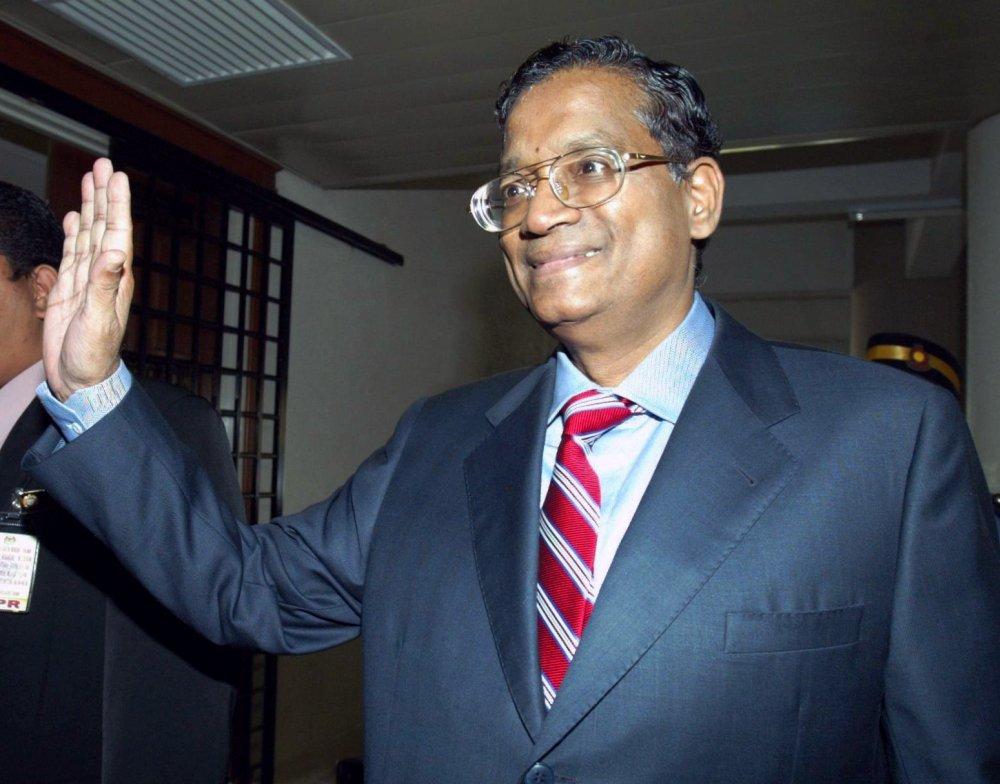 Malaysian Bar V K Lingam No Longer A Lawyer The Star