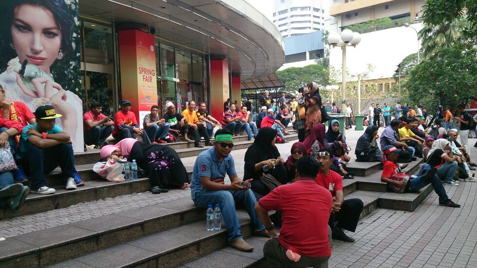 The crowd starting to gather for the protest to the government over the Goods and Services (GST) Tax in Kuala Lumpur.