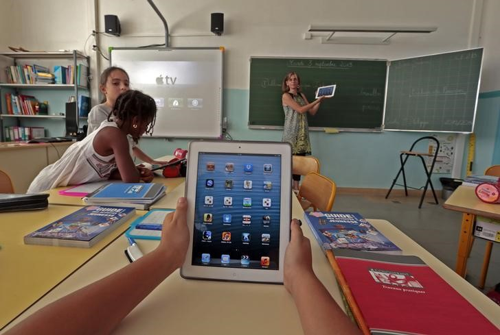 Apple will return to its roots with education tools and new
