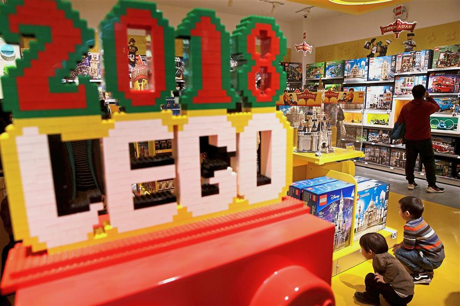 Lego builds foundations in China classrooms as old markets