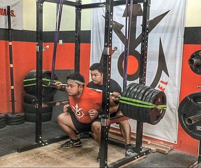 QLS is a popular training ground for some of the strongest powerlifters and strength athletes around, including up-and-coming Malaysian strongman Zarol Alfiyan.