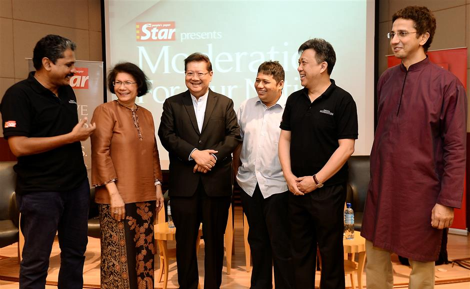The Stars Moderation for our Nation Forum. (left to right) moderator M. Shanmugam, G25s Datuk Noor Farida Ariffin, Asian Strategy and Leadership Institute (Asli) chief executive officer Tan Sri Dr Michael Yeoh,columnist Dzof Azmi, Datuk Seri Wong Chun Wai and Anas Zubedy.