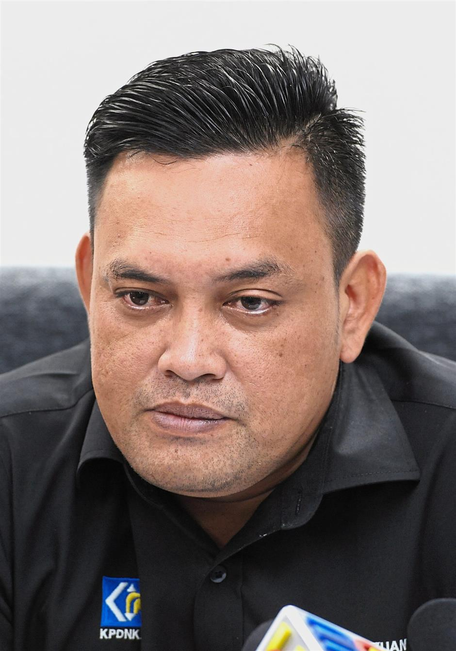 Domestic Trade, Co-operatives and Consumerism Ministrys Penang branch director Mohd Ridzuan Ab Ghapar.Star pic by ASRI ABDUL GHANI / The Star / April 02, 2018.