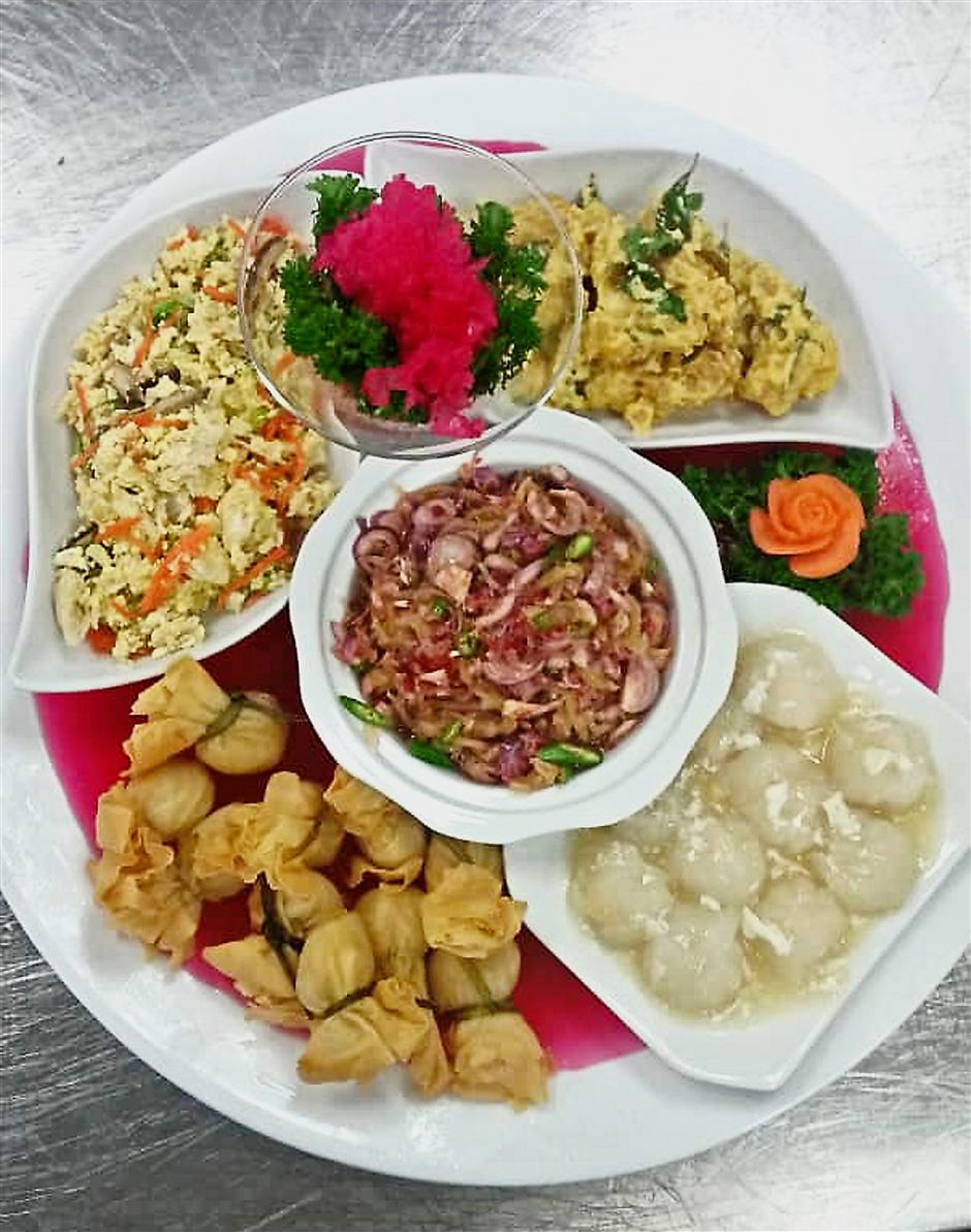 Five Exclusive Combination to start off your festive dining (Catherine Chong - Eden Catering)