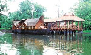 f_pg21boatroom