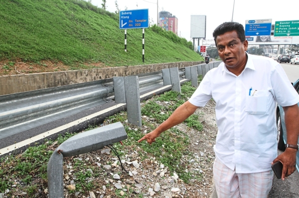 Thayalan is concerned about the state of Federal Highway, especially within the Petaling Jaya boundaries.