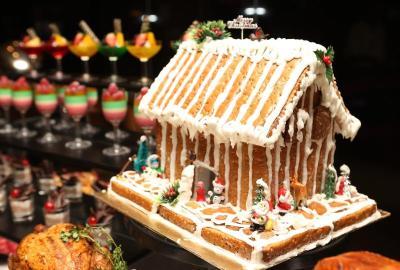 Festive dessert: Gingerbread House.