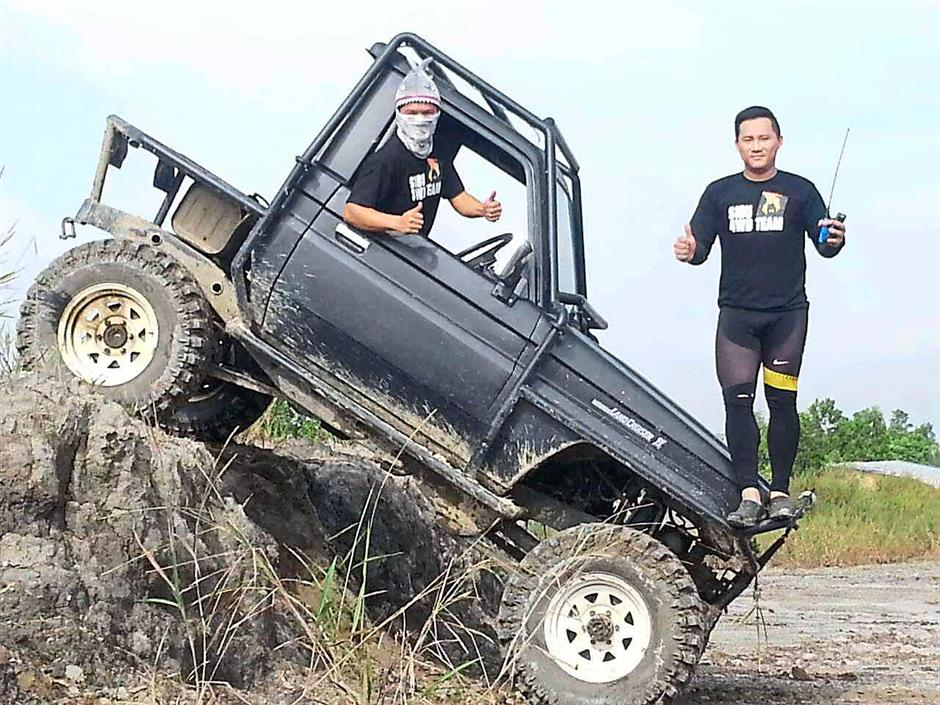 THRILLING SPORT…Sibu Jaya is playing host to this exciting 4x4 Off Road Fun Challenge this Sunday (30 Aug 2015) from 8am – 5pm