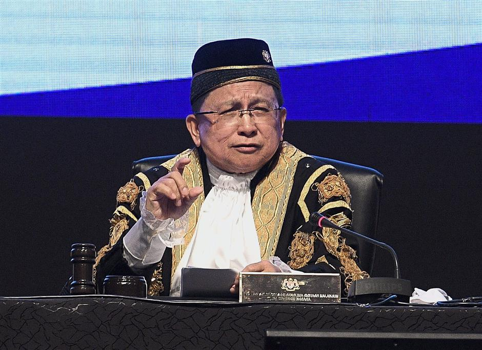 At the opening of the Legal Year conference, Malanjum spoke on the judiciary's goals for adopting technology, from becoming paperless to adopting video conferencing. — Bernama