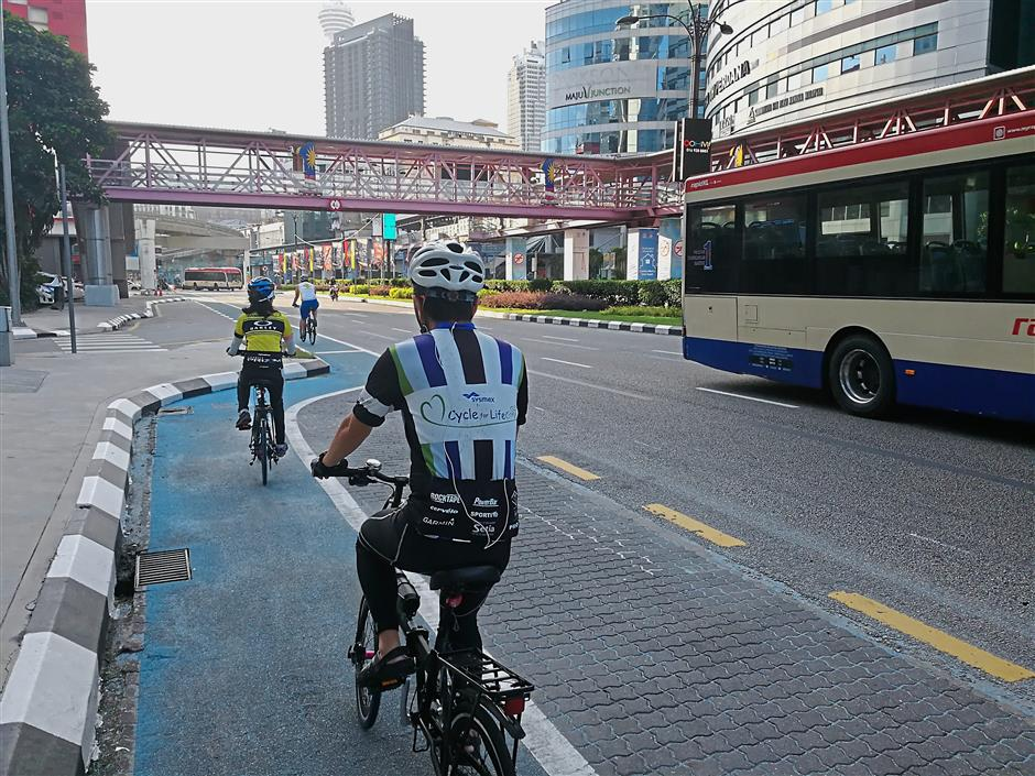 The paint on the bicycle lane has faded in several areas, including along Jalan Sultan Ismail.