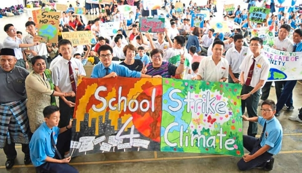 SMJK Choong Hua became part of Thunberg's 'Fridays For Future' movement in a bid to show support for combating climate change.