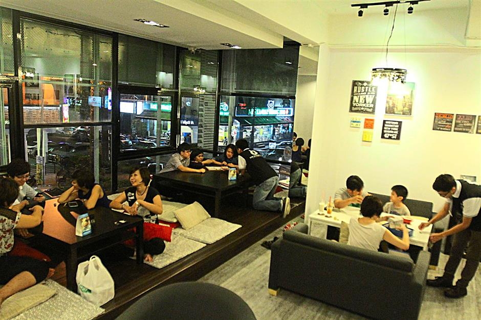 The Border City Cafe has a cosy environment for patrons to wind down and enjoy themselves at the end of the day.