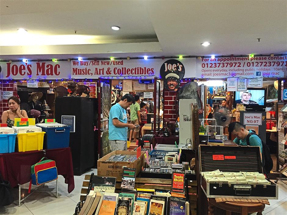 10. Joes MAC has been in Amcorp Mall for 13 years and is well-known for selling music records, antiques and collectibles. Joes is ever lively and never closes, not even on a public holiday.