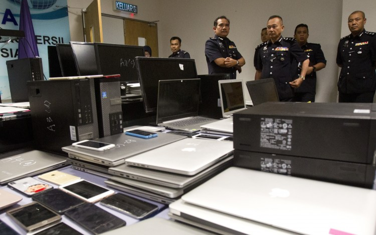 Over 90 Chinese nationals arrested in Malaysia for scamming their