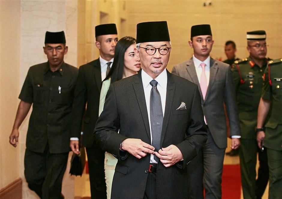 Meeting of minds: Tengku Abdullah, accompanied by his children, attending the Pahang Royal Council meeting in Kuala Lumpur.