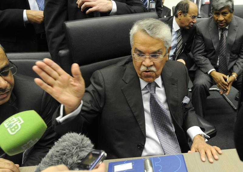 NO, no, no way: As Saudi Arabian Oil Minister Ali Al-Naimi once again quashed hopes that oil production would be cut to stabilise falling prices, equity investors are now focusing on the benefits of low fuel prices on consumer spending power - AFP Photo.