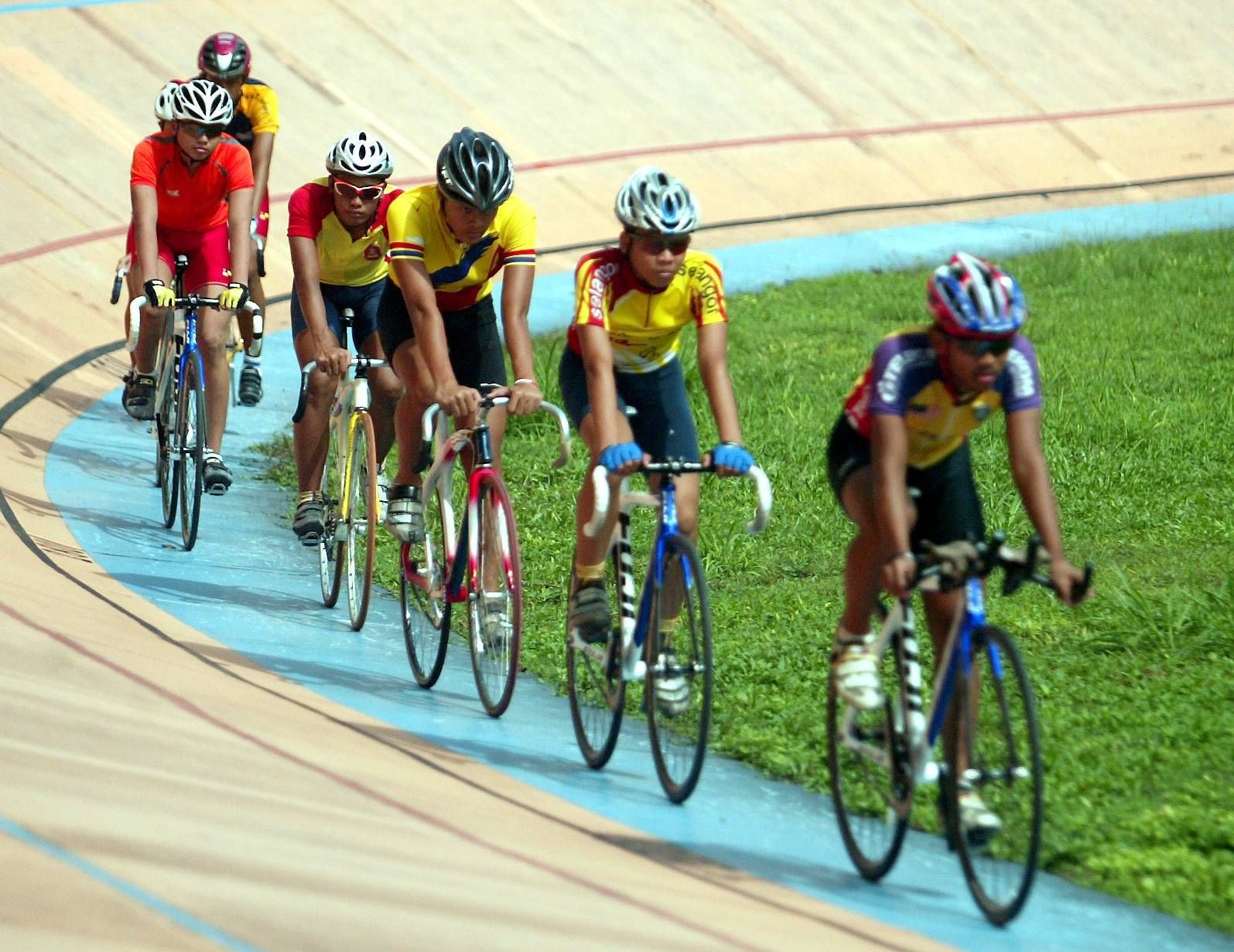 Cyclists training at the Kuala Lumpur Velodrome in a file photo. The MNCF want a replacement velodrome to be built while waiting for the Class 1 velodrome in Nilai to be completed, as cyclists will have nowhere to train once the Kuala Lumpur Velodrome is demolished.