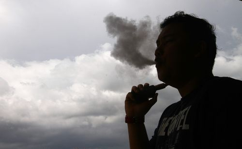 Vape store in Shah Alam raided | The Star Online