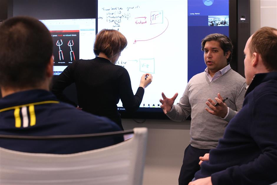 Members of the artificial intelligence team, including Sujoy Ganguly leads the meeting during a brain storm session on Monday, April 16, 2018 at the Stats office in Chicago, Ill. Stats gathers sports data and analyzes it for teams and broadcasting companies around the world. (Antonio Perez/Chicago Tribune/TNS)