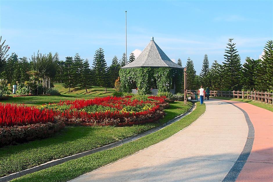 8. Taman Saujana Hijau. 10 leisure cycling hotspots.