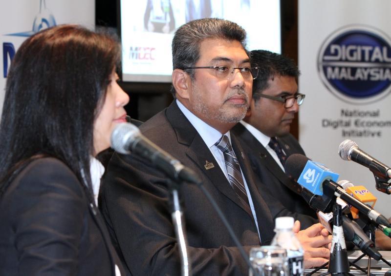 Former Multimedia Development Corp CEO Datuk Badlisham GhazaliAirport operator MAHB is taking over as managing director of MAHB with effect from June 23 as Tan Sri Bashir Ahmad Abdul Majid\'s term expires on June 6.