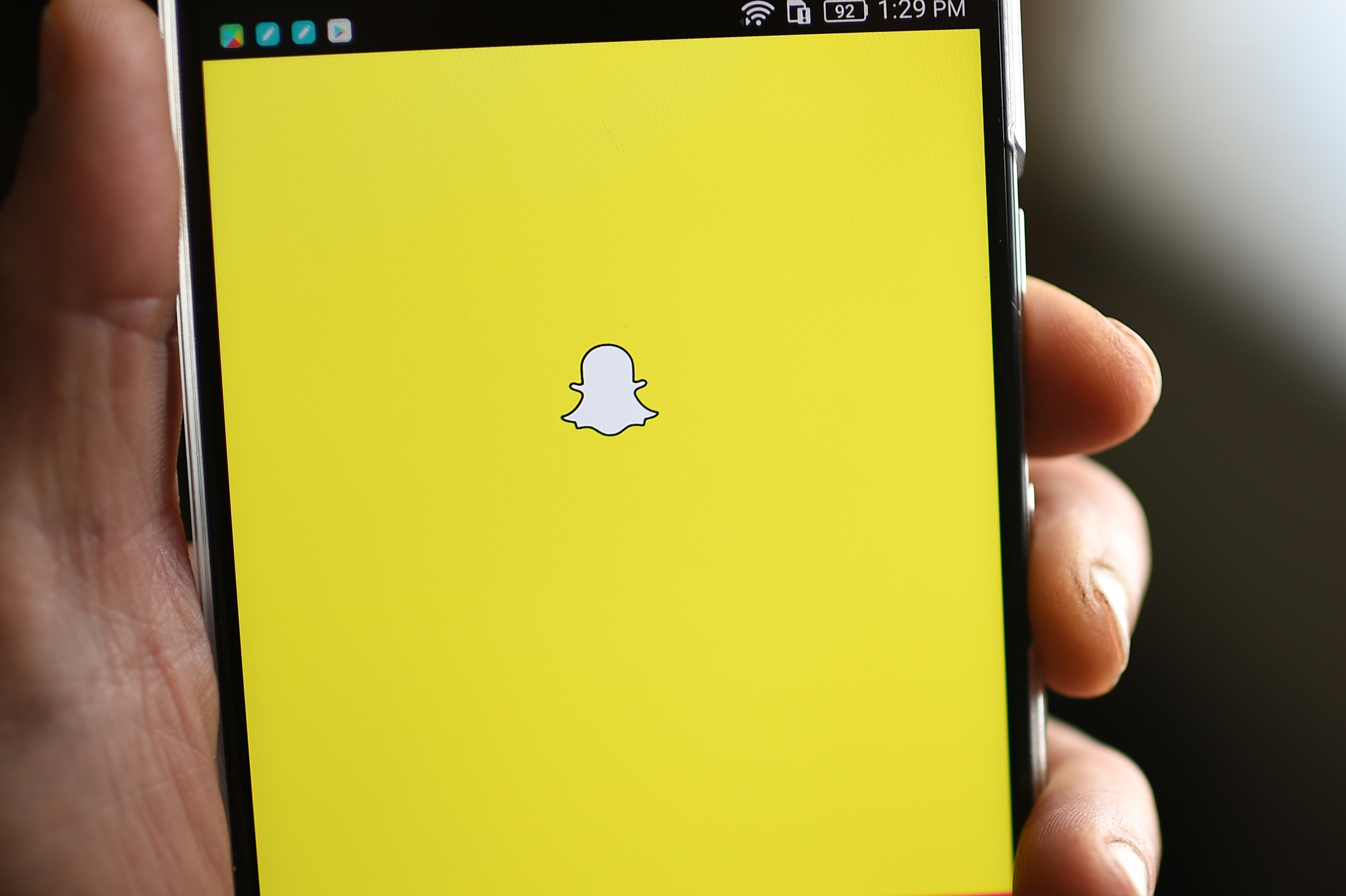 The petition to undo latest Snapchat update hits a million