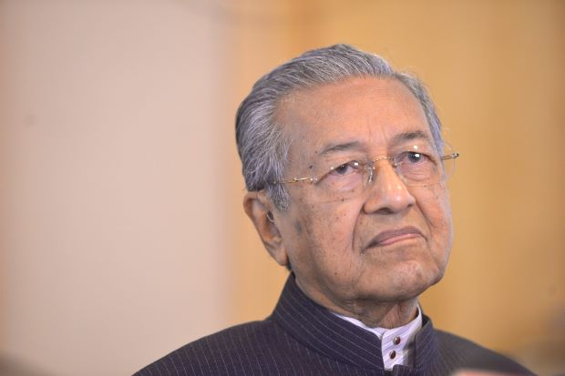 Dr M claims Hadi Awang only seeks to split Opposition vote
