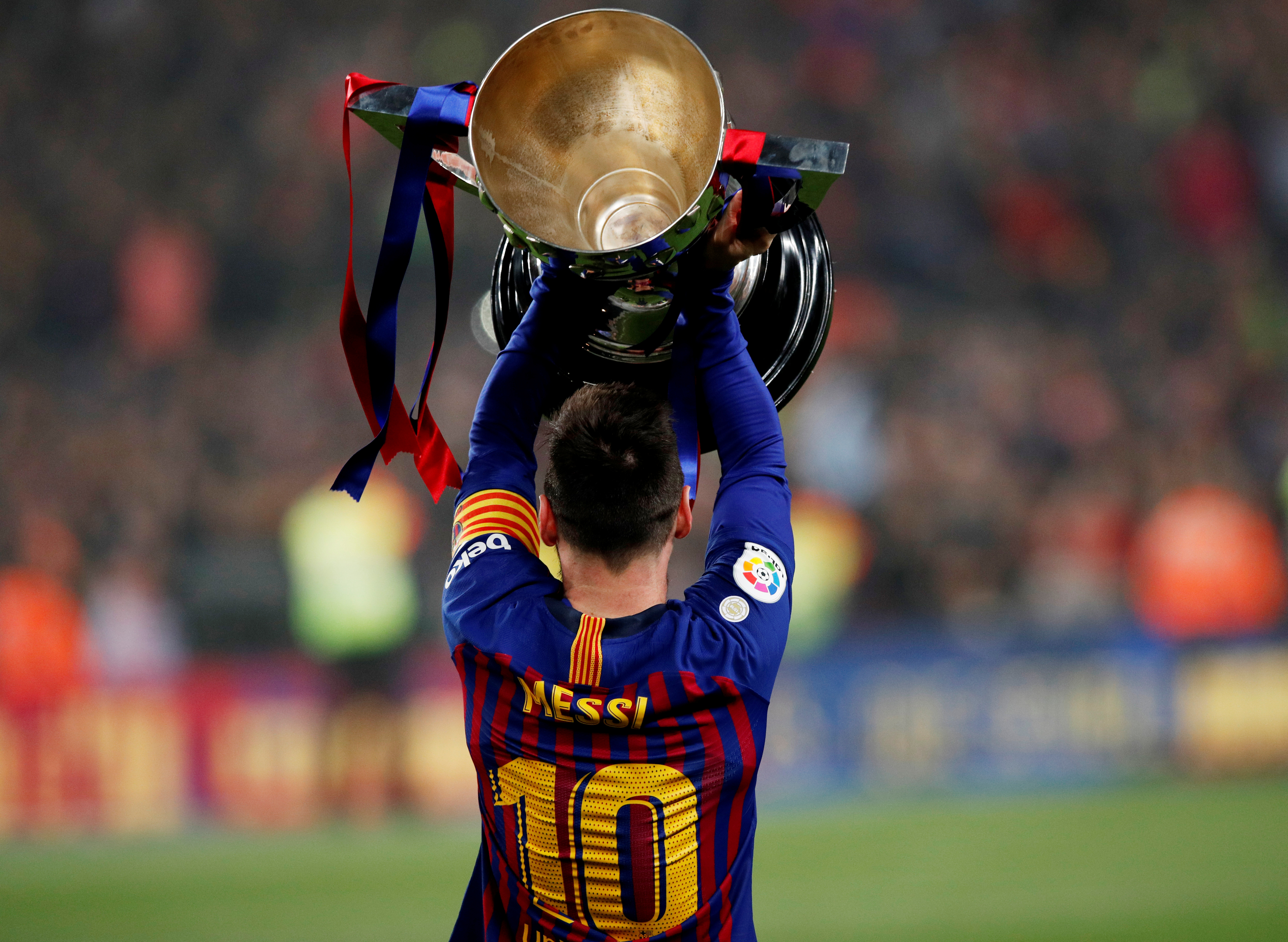 Football Messi Increases Iconic Status At Barca With 10th