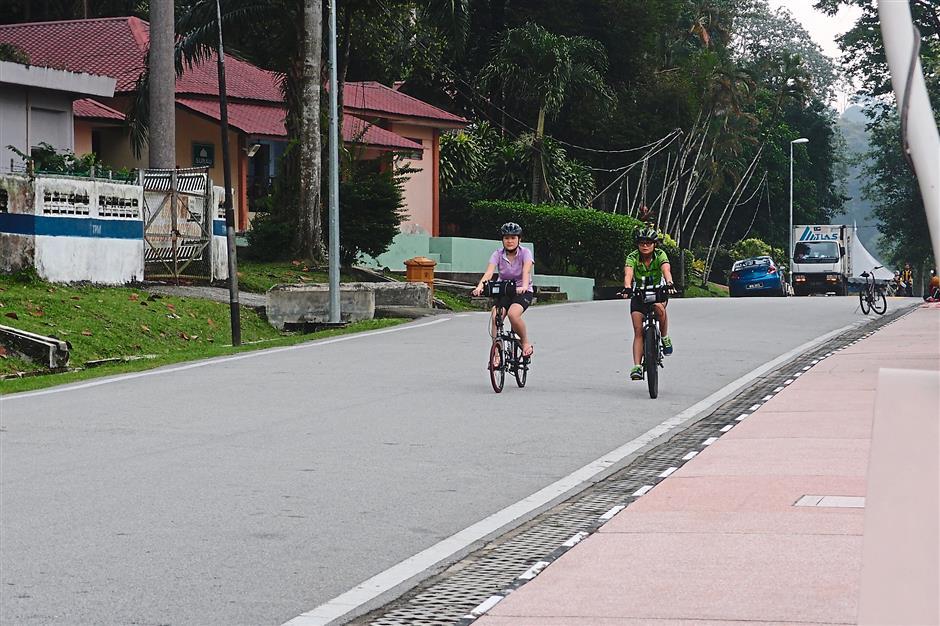 9. National Botanical Garden Shah Alam. 10 leisure cycling hotspots.