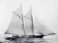 f_pg24rareboat