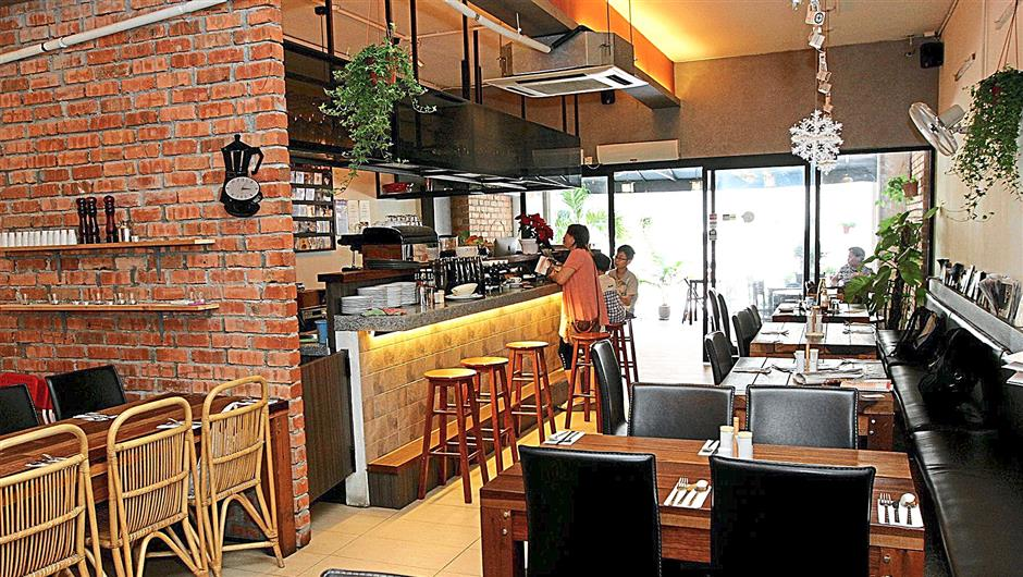 FOOD REVIEW AT COCONUT HOUSE IN JAYA ONE PJ
