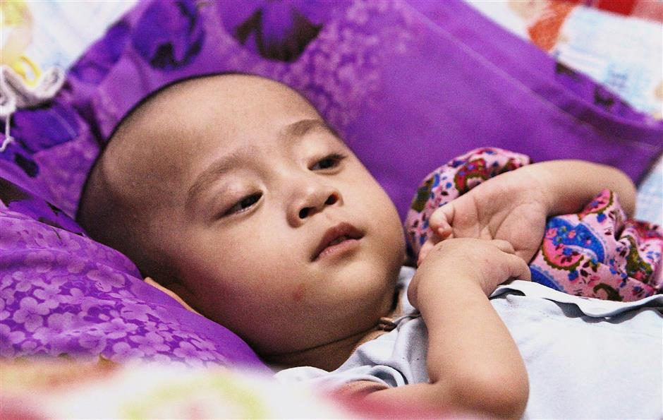 Ng Yu Jian, three, needs money for his epilepsy surgery at Ara Damansara Medical Centre.Attention to all photos ocplease stop reuse photo-slug iphepilepsy111118 photos as there is some technical issues arises